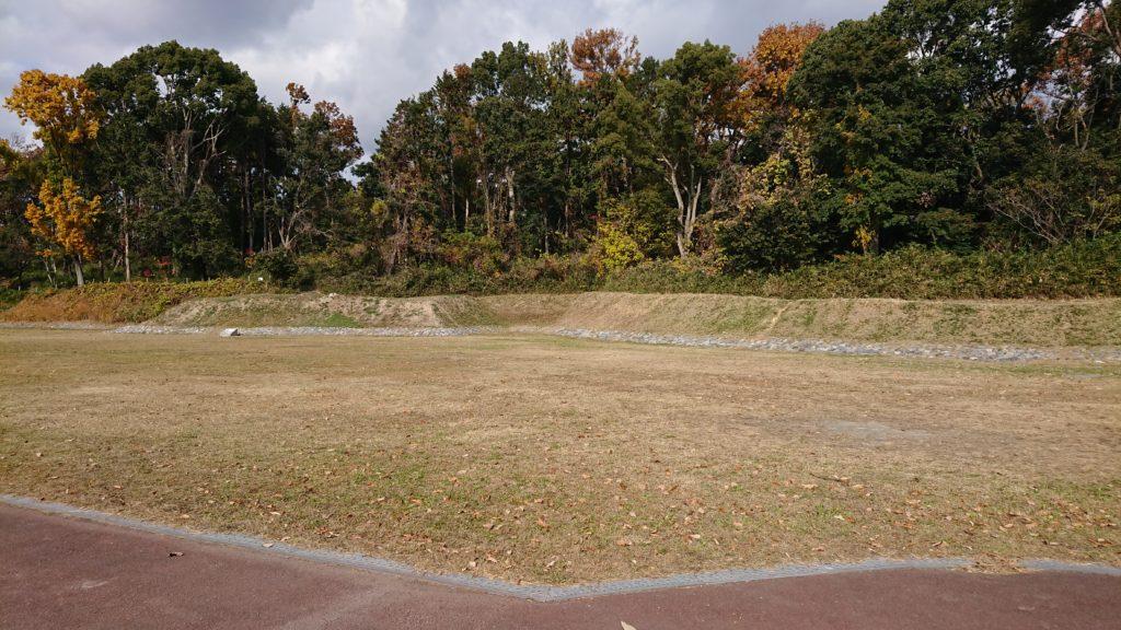 今城塚古墳公園の芝生広場