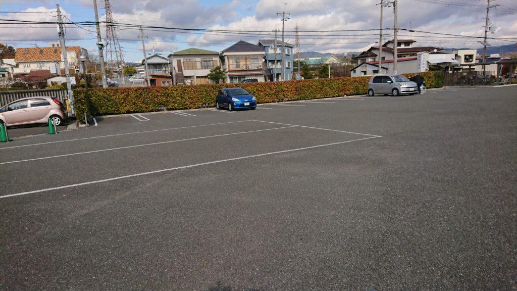 今城塚古墳歴史観の駐車場