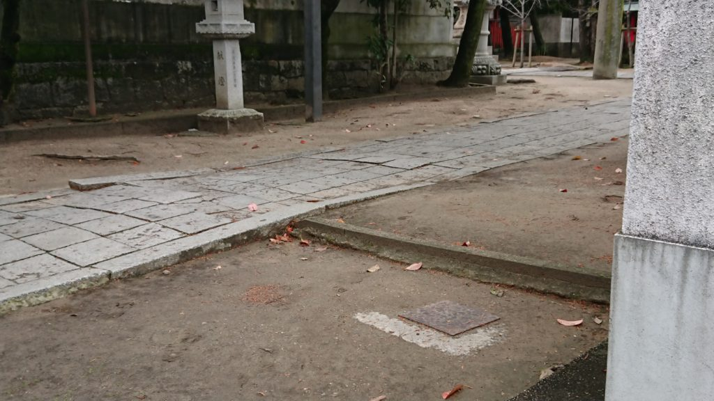 三輪神社の石畳