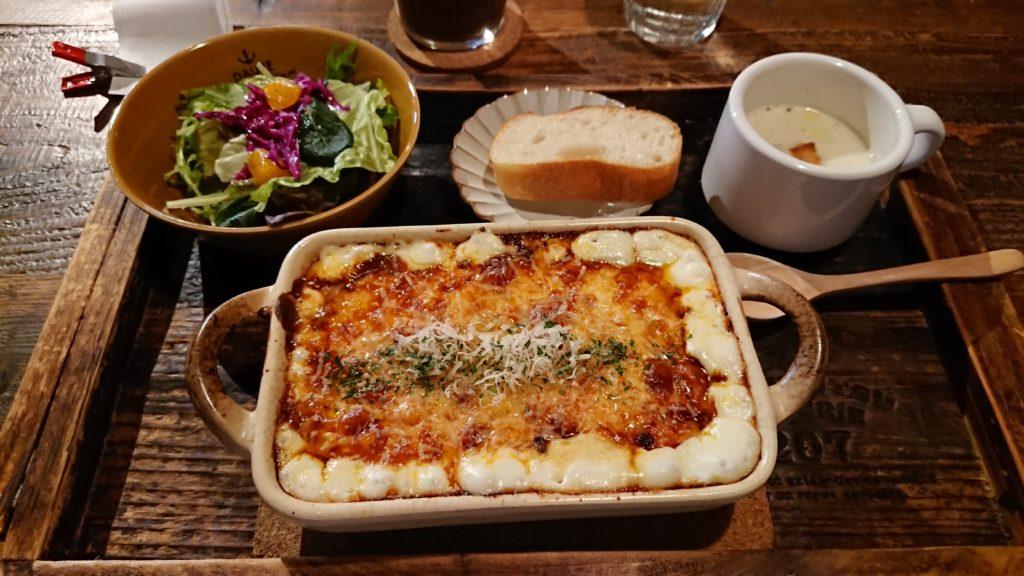 TONDAMACHI CAFEのグラタンセット