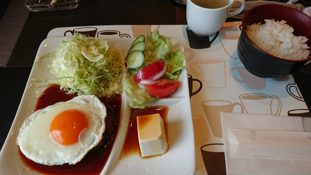 cafeTOMIYAのハンバーグ定食