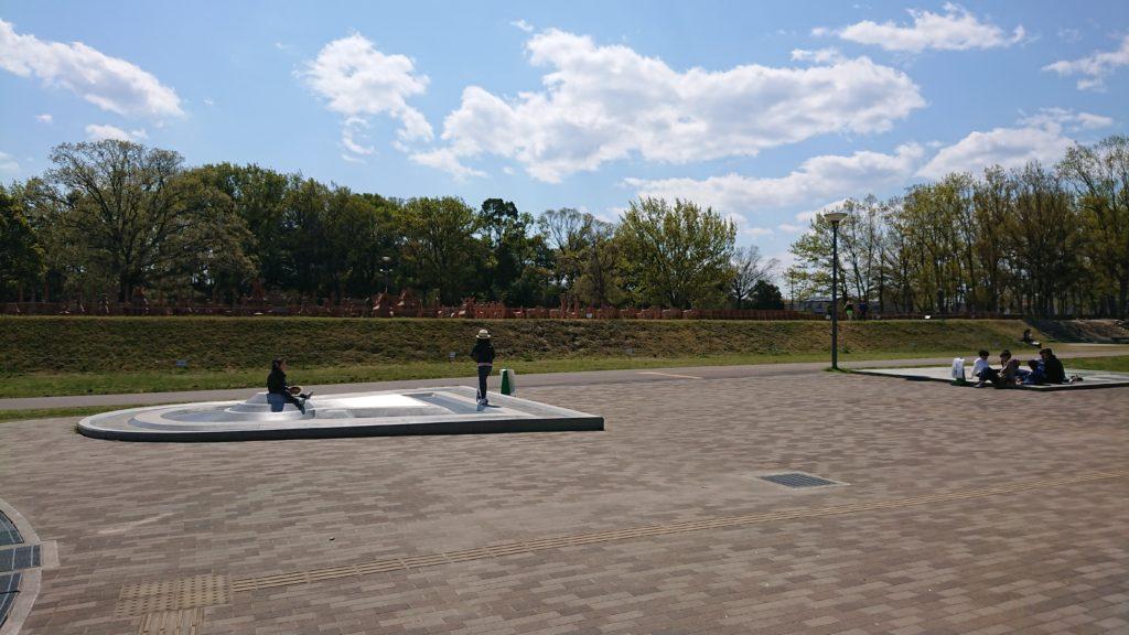 今城塚古墳公園
