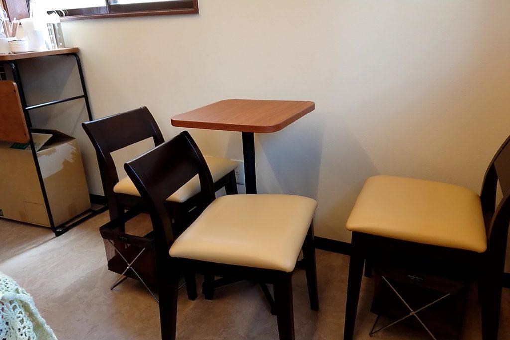 タナカコーヒーの店内