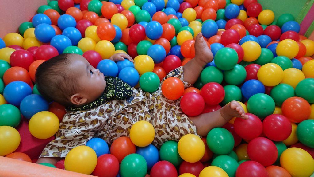 津之江さくら子育て支援センターのボールプール