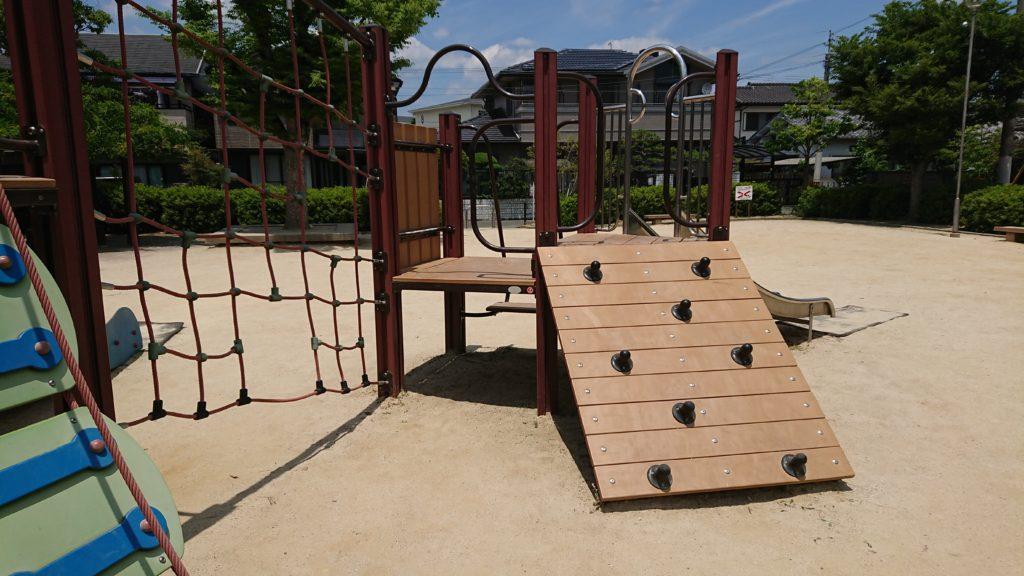 津之江西公園のコンビネーション遊具
