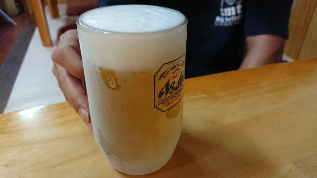 栄町飯店の生ビール