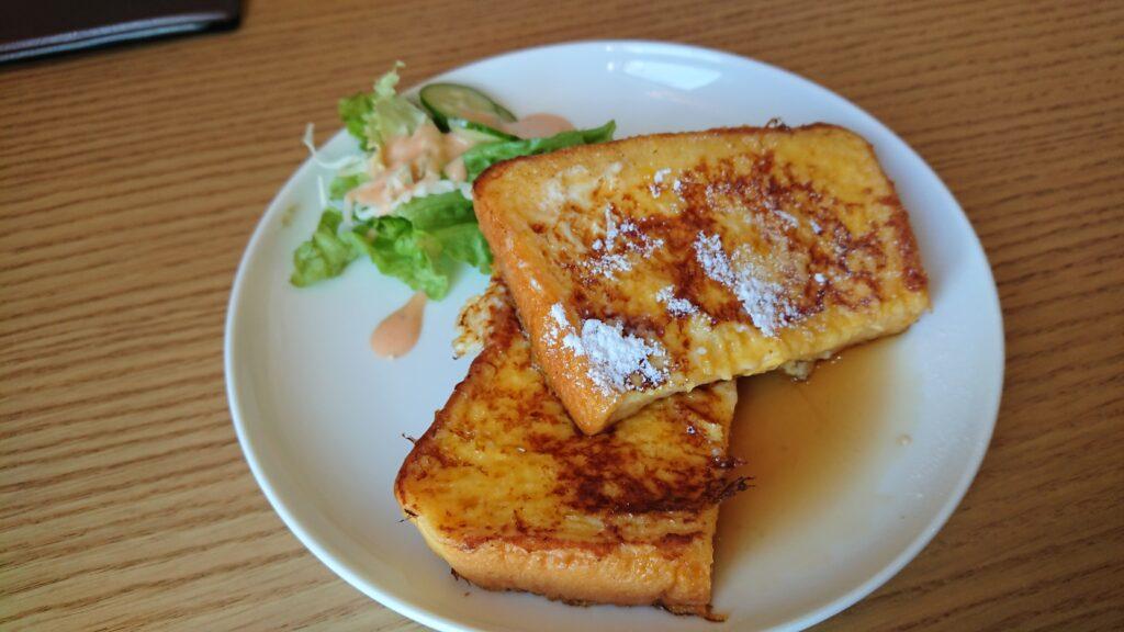 モフズカフェのフレンチトースト